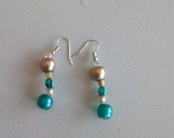 Green silver dangle EARRINGS and beige