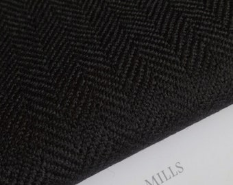Vintage Herringbone Tweed deep black deep black 100% merino wool made in Italy