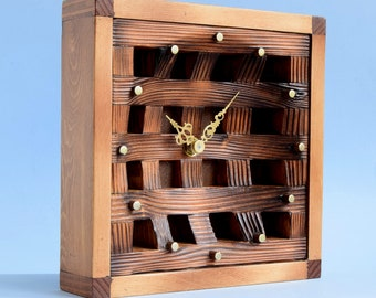 Clock made from recycled wood CL196