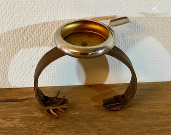 FREE INTERNATIONAL SHIPPING - Antique chair ashtray for your grandfather