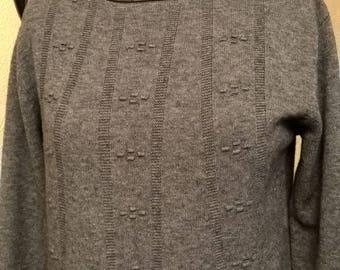 Grey sweater tunic, Paisley and grey viscose, lace
