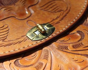 Exquisite Vintage Hand-tooled Vegetable Tanned Leather Purse Handbag Shoulder Hobo Bag --Made in the USA