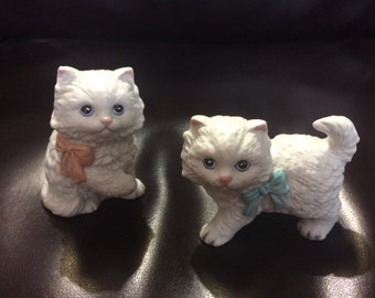 Pair of vintage Homco small ceramic cats