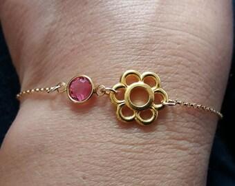 Gold Flower Bracelet. Crystal Flower Bracelet.  Birthstone Bracelet. Layering Bracelet.  Birthstone Bracelet, Christmas Gift