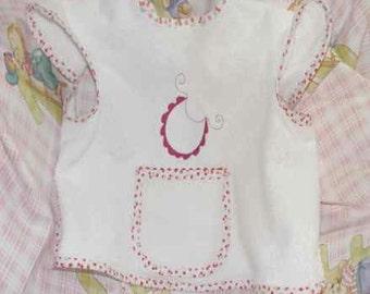 Bib sleeveless embroidery bib