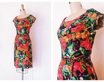 In the Mood For Love Dress | vintage 1960s wiggle dress | size small