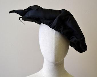 1940s Black Ruffled Taffeta Hat