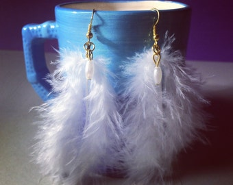 Handmade Feather Earrings, WHITE Feather Earrings, WHITE Fashion Earrings, Feather Earrings.
