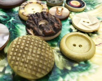 Natural Earthy Lot Vintage Buttons - Collectible Button Assortment - Vintage Tagua Nut, Plastic, Celluloid Buttons - B164- 12 Buttons