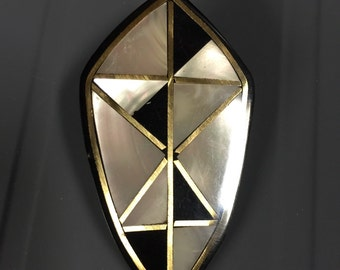 Mother of pearl and onyx like pin