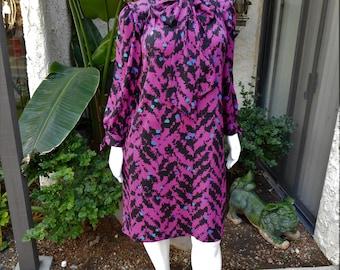 Vintage 1980's First Lady Magenta & Black Print Dress - Size 20