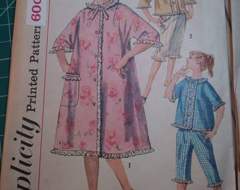 Simplicity Vintage Pattern 3665 Junior size 13 bust 33
