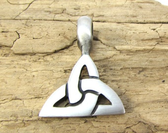 Celtic Knot Pendant, Celtic Knot Triangle Pendant, Silver 31x24mm Double-Sided Celtic Knot Symbol, Jewelry Supplies, Item 144p
