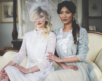 Short wedding veil, Embroidered veil, White wedding veil, Veil headpiece, Bridal veil, birdcage veil, sculptural veil