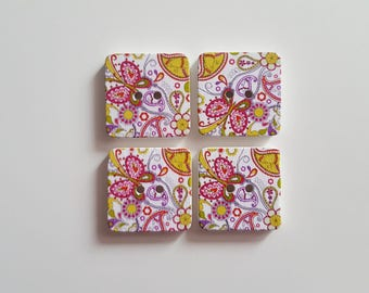 Set of 5 squares flowers and butterflies wooden buttons
