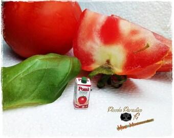 Italian Miniature Food, Handmade,  Confezione passata di pomodoro Pomì in miniature dolls house in 1:12 th scale