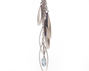 Necklace in sterling silver and Topaz natural