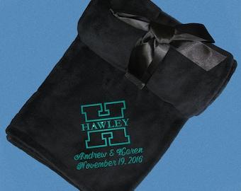Personalized Wedding Gift, Monogrammed Wedding Blanket, SUPER SOFT FLEECE, Anniversary Blanket, Housewarming Gift, Bridal Shower Gift, Throw
