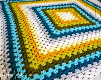 Traditional Granny Square - Custom Granny Square Afghan - Baby Blanket - Toddler Blanket - Throw Blanket - You Choose Colors - Made to Order