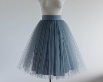 Grey Tulle skirt. Tulle skirt. Woman tulle skirt. Tea length tulle skirt. Tutu skirt. Tutu dkirt women