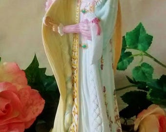 Lenox Rapunzel  Vintage Figurine - First Issue From the Legendary Princesses Collection – 9 Inch Hand Painted Porcelain Figurine
