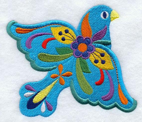 Me Lo Dijo Un Pajarito Embroidered On A Flour Sack Towel Hand