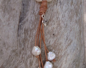 LEATHER/ PEARL NECKLACE  (Carson)