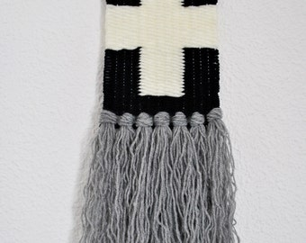 Woven Wall Hhanging (NORDIC COLLECTION) - Black&white/Grey - Cross - Tapiz