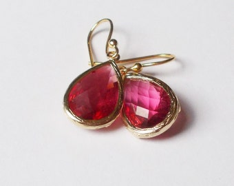 Raspberry Teardrop Earrings // Ruby Faceted Glass Dangle Earrings // Gold Ruby Earring // Gift for Her // Bridesmaid Earrings
