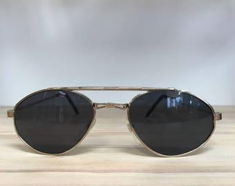 Vintage sunglasses Gold or black small aviator