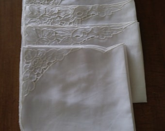 Table Mats With Napkins