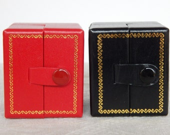 Earring Gift Box, Red or Black Leatherette Earring Gift Box, Earring Snap Tab Presentation Box, Small Red or Black Presentation Gift Box