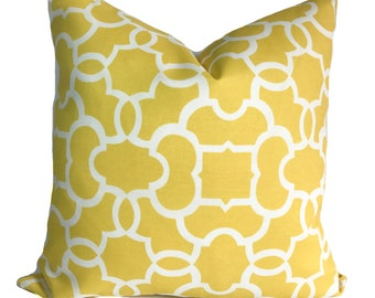 Outdoor cushion cover, 20x20, Patio cushions, Outdoor pillow cover, Outdoor throw pillows, Yellow outdoor pillow, Outdoor decorative pillow