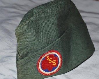 ON SALE: Vintage Girl Scout Garrison Style Hat - 1940s or 1950s, with Senior Service Scout Badge