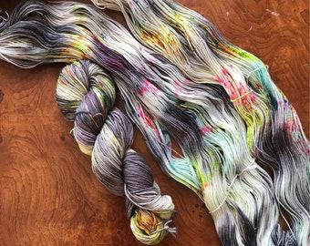 Steet Fair // Fingering Weight // 75/25 merino nylon / Hand Dyed Yarn