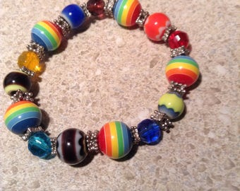 Vintage beaded rainbow stretch bracelet