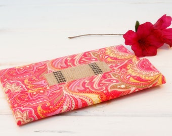 Kindle Cover Padded, Kindle Case, Nook Cover , Ereader Case, Custom Sleeve in Perky Pink Paisley