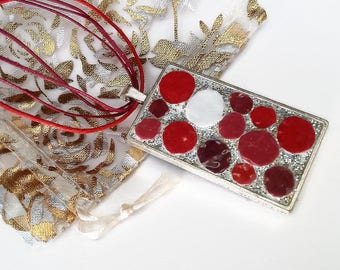 Bubble mosaic of red, Burgundy and pink spring necklace