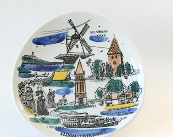 Inger Waage Vintage Norwegian Stavangerflint -  Retro Turist plate. Made in Norway - Scandinavian Modern