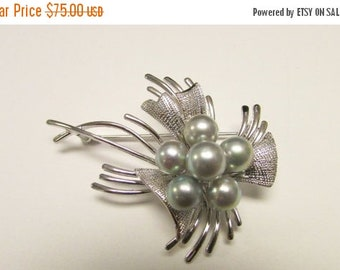 On Sale Vintage Estate Mid Century Silver High Luster Gray Slightly Baroque Pearl Pin Brooch