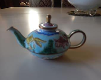 CHINA KELVIN CHEN Miniature Teapot