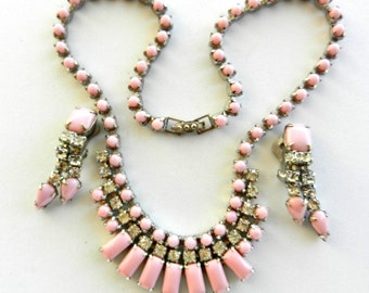 Grandiose 1950s old Hollywood set  - Beautiful crystals deep pink and clear crystals on silver -necklace choker & earrings set - art.656/2-