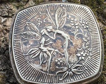 Gorgeous 1925 antique Djer-Kiss Fairie silver compact