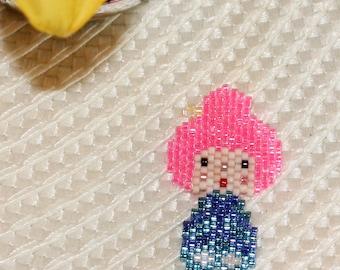 Kokeshi doll in brickstitch customize
