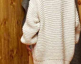 Hand knit oversize woman sweater Crew neck slouchy wool oats cream sweater