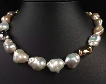 Vintage 18ct Gold Genuine Huge South Sea Pearl Necklace - Solid White and Yellow Gold Beads