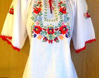 Folk Art Traditional White Matyo Hungarian Embroidered blouse