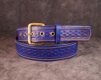 FREE SHIPPING! Custommade blue tooled belt from vegetable tanned leather. Hand carved belt