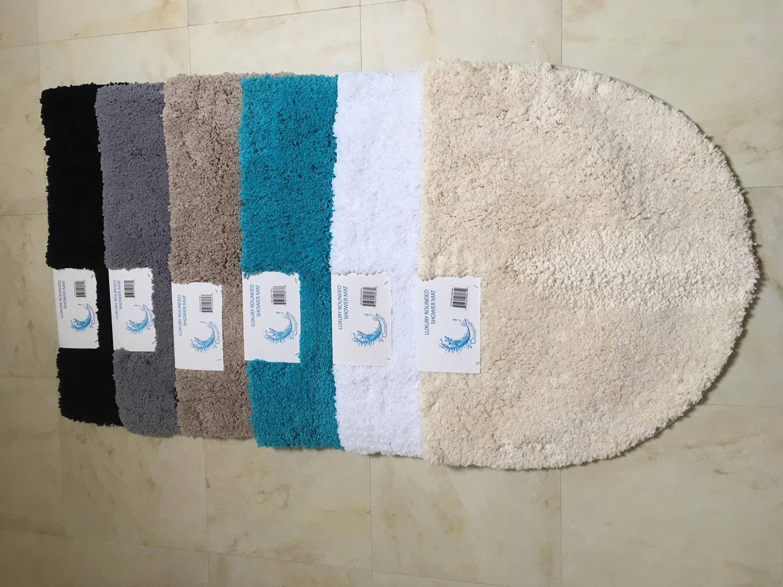 Microfibre Non Slip Rounded Shower Mat