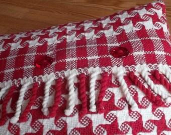 cushion wool spirit chalet